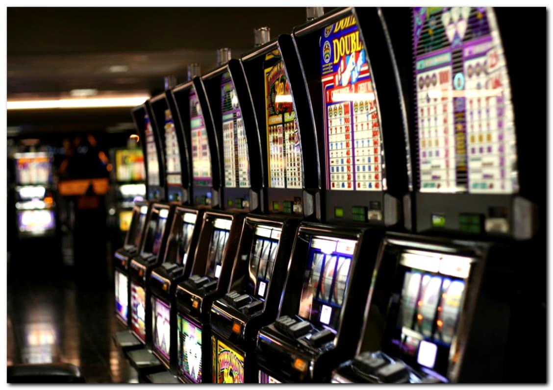 ベットオンラインカジノで$ 105無料カジノチップ