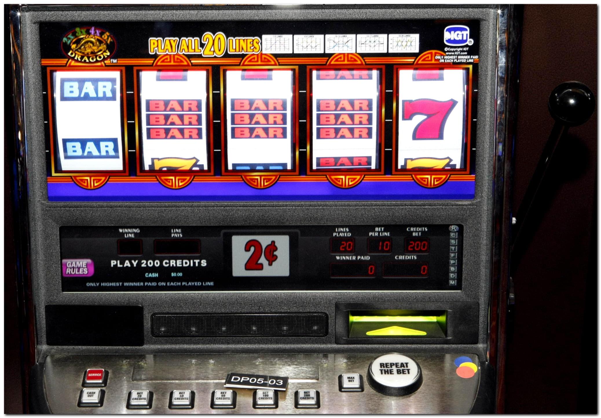 11無料カジノがBet At Home Casinoでスピン