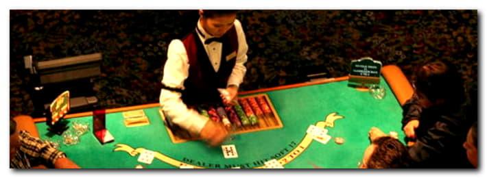 bWinカジノでの€480モバイルフリーロールスロットトーナメント